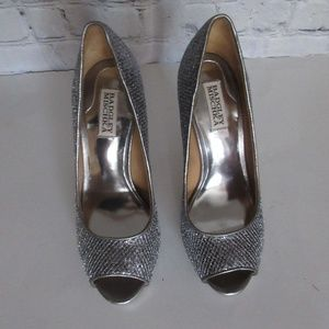 Badgley Mischka Silver Glittery Party Heels